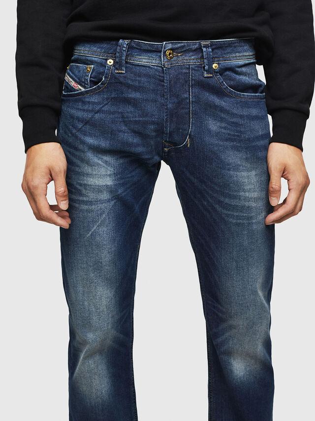 Diesel - Larkee 0853R, Bleu Foncé - Jeans - Image 3