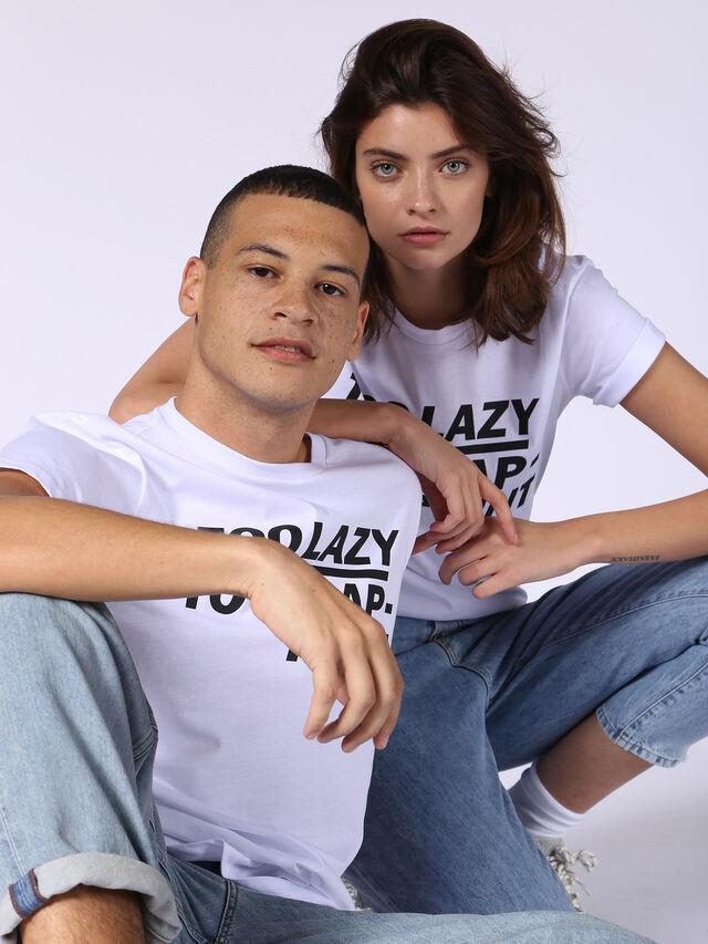 ADV-TOOLAZY, Blanc