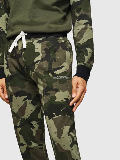 Diesel - UMLB-PETER, Vert Camouflage - Pantalons - Image 3