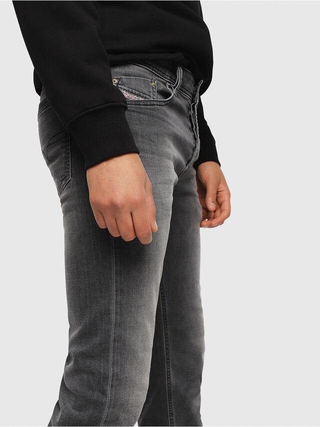 Diesel - Waykee 0662U, Noir/Gris foncé - Jeans - Image 3