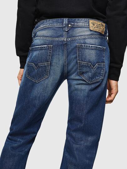 Diesel - Larkee 008XR, Bleu Foncé - Jeans - Image 4