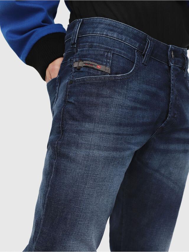 Diesel - D-Bazer 084GR, Bleu moyen - Jeans - Image 3