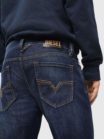 Diesel - Larkee 082AY, Bleu Foncé - Jeans - Image 4