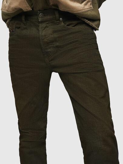 Diesel - Mharky 0078D, Vert Militaire - Jeans - Image 3