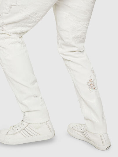 Diesel - Mharky 069GY, Blanc - Jeans - Image 6