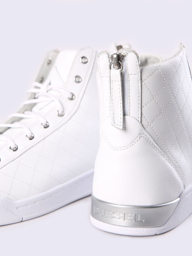 DIAMOND, Blanc