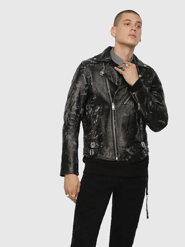 L-KRAMPIS-A,  - Vestes de cuir