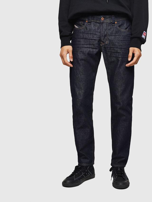 Diesel - Larkee-Beex 084HN, Bleu Foncé - Jeans - Image 1