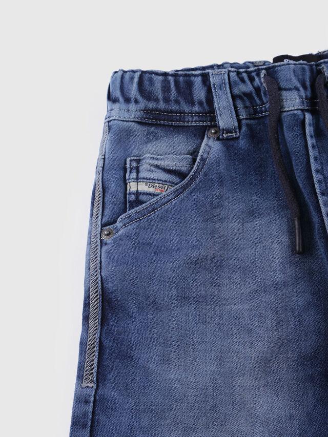 Diesel - KROOLEY SH JOGGJEANS J, Jean Bleu - Shorts - Image 3