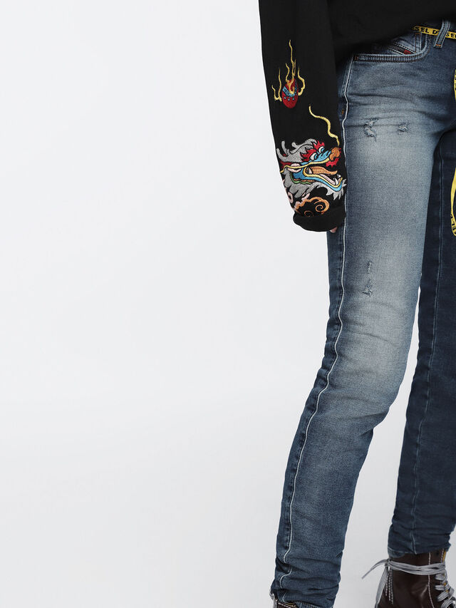 Diesel - Gracey JoggJeans 084TZ, Bleu moyen - Jeans - Image 6