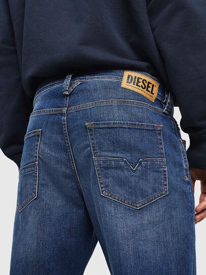 Diesel - Larkee-Beex 082AZ, Bleu Foncé - Jeans - Image 4