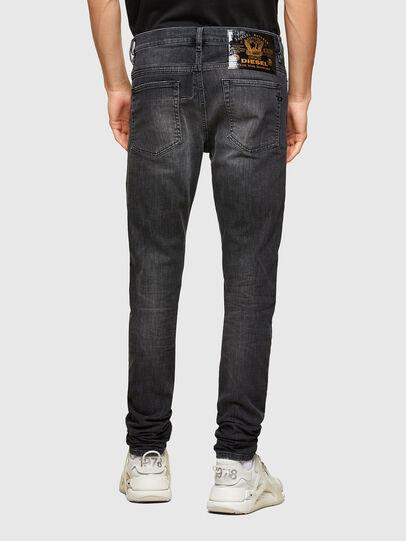 Diesel - D-Reeft JoggJeans® 009SU, Noir/Gris foncé - Jeans - Image 2