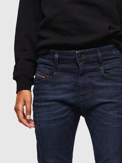 Diesel - Fayza JoggJeans 069KC, Bleu Foncé - Jeans - Image 4