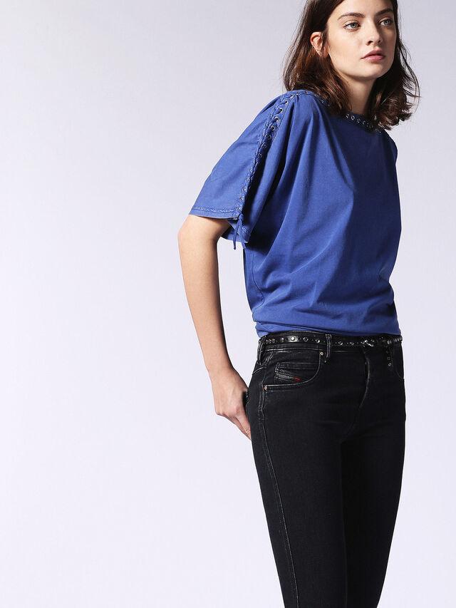 T-LEOX-A, Bleu Brillant
