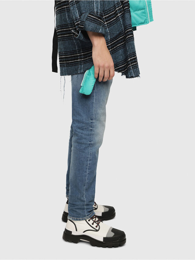 Diesel - Larkee-Beex 089AW, Bleu moyen - Jeans - Image 3
