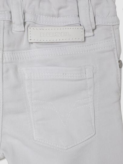 Diesel - SLEENKER-B JOGGJEANS-N, Blanc - Jeans - Image 4