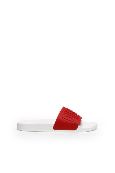 Claquettes de piscine avec logo embossé