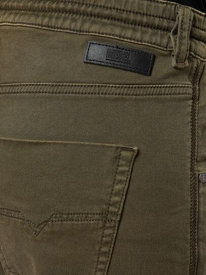 Diesel - Krailey JoggJeans® 0670M, Vert Militaire - Jeans - Image 4