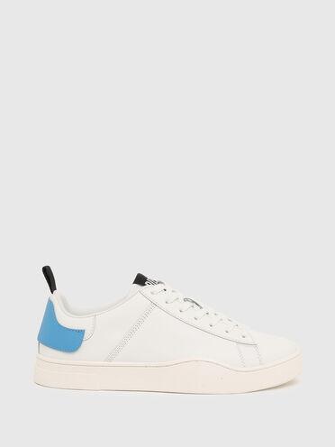 Sneakers basses avec double languette de talon