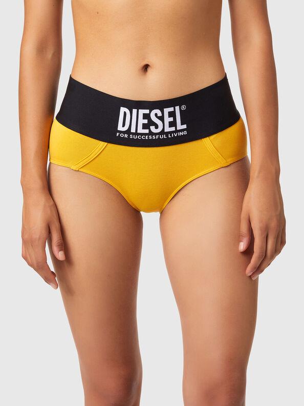 https://fr.diesel.com/dw/image/v2/BBLG_PRD/on/demandware.static/-/Sites-diesel-master-catalog/default/dwa8516dc2/images/large/00SEX1_0DCAI_22K_O.jpg?sw=594&sh=792