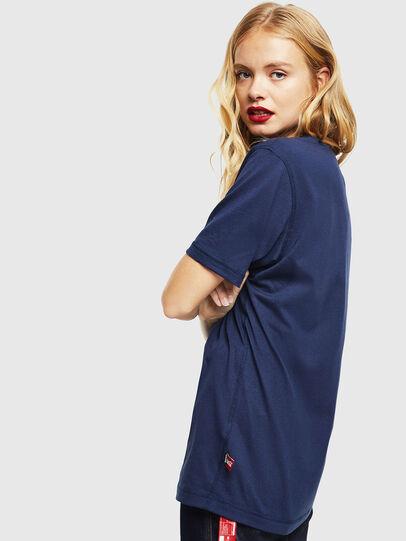 Diesel - CC-T-JUST-COLA, Bleu Foncé - T-Shirts - Image 4