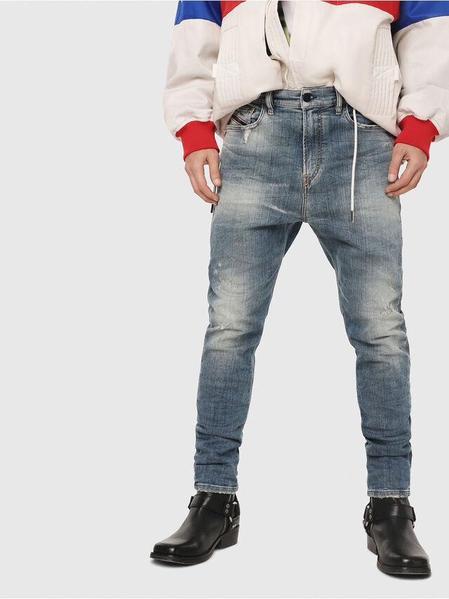 Diesel - D-Vider JoggJeans 087AD, Bleu moyen - Jeans - Image 1