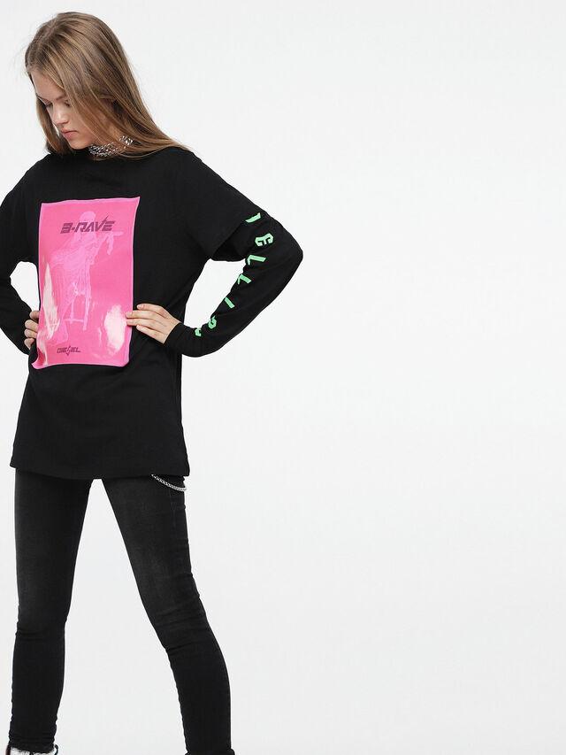Diesel - T-DARIA-C, Noir/Rose - T-Shirts - Image 1