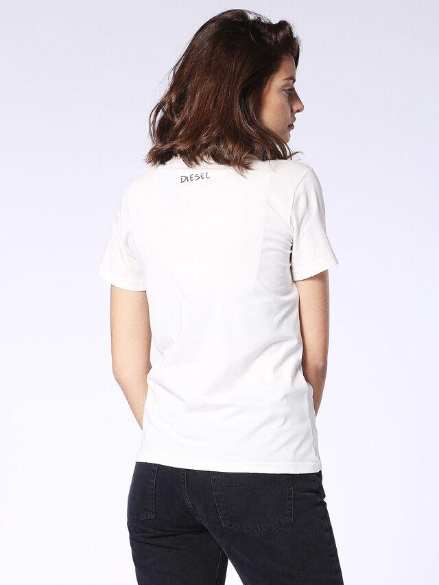 T-SILY-L, Blanc
