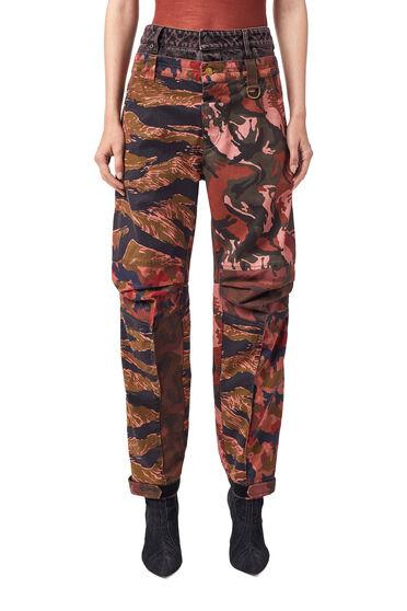 Pantalon avec imprimé camouflage