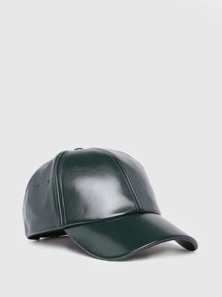 CARINES,  - Bérets, chapeaux et gants