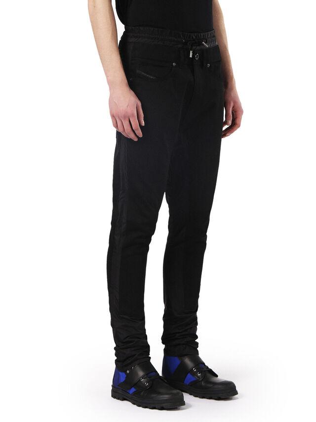 TYPE-2838, Noir