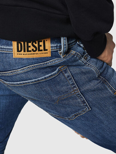 Diesel - Sleenker 069FZ, Bleu moyen - Jeans - Image 5