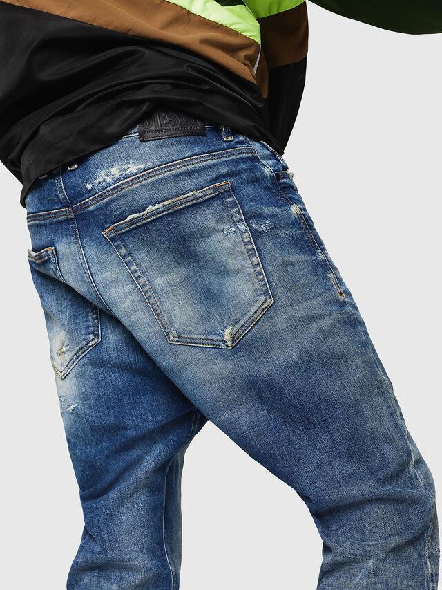 Diesel - D-Vider JoggJeans 0870Q, Bleu moyen - Jeans - Image 4
