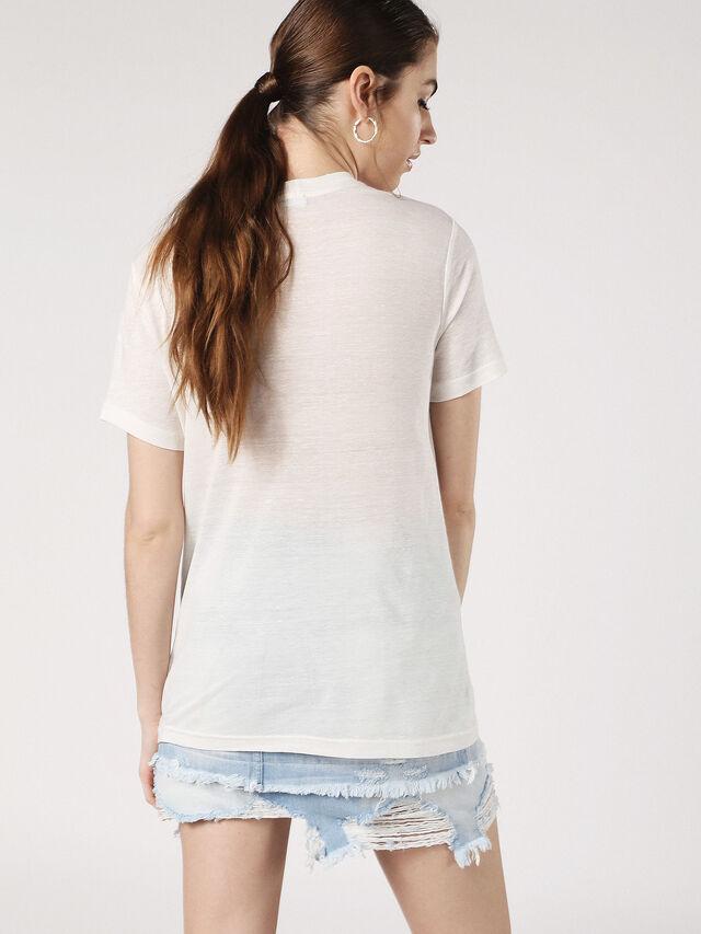 T-SILY-P, Blanc