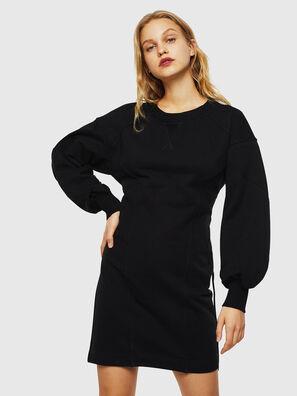 D-THUS, Noir - Robes