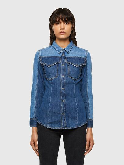 Diesel - DE-MISTY, Bleu moyen - Chemises en Denim - Image 1