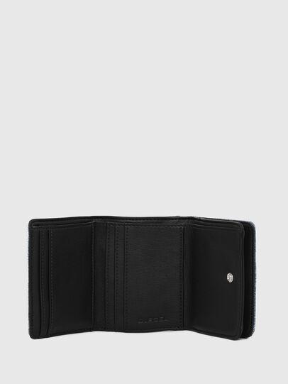 Diesel - LORETTA, Jean Bleu - Bijoux et Gadgets - Image 3