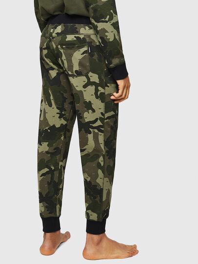 Diesel - UMLB-PETER, Vert Camouflage - Pantalons - Image 2