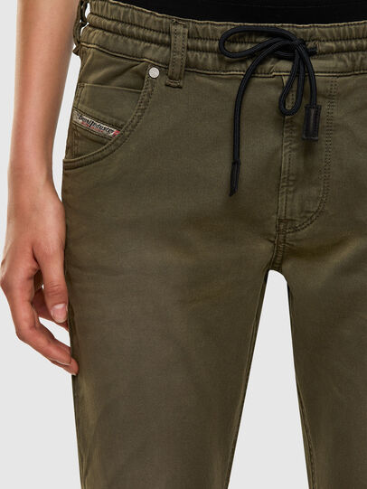 Diesel - Krailey JoggJeans® 0670M, Vert Militaire - Jeans - Image 3