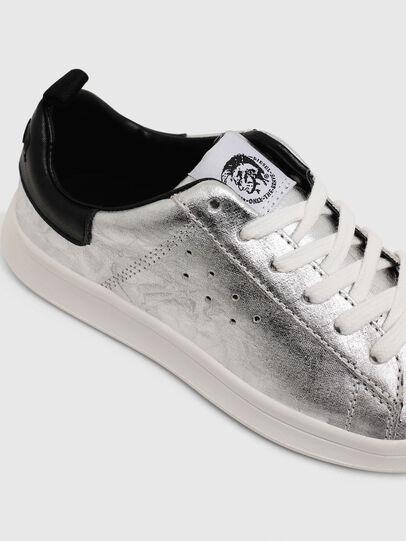 Diesel - SN LOW LACE 11 FULL, Gris argenté/Noir - Footwear - Image 4