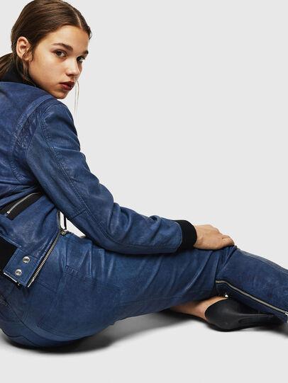 Diesel - L-NIKIA, Bleu - Pantalons - Image 4