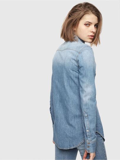 Diesel - DE-RINGY, Jean Bleu - Chemises en Denim - Image 2