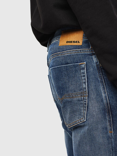 Diesel - Zatiny 0096E, Bleu moyen - Jeans - Image 4