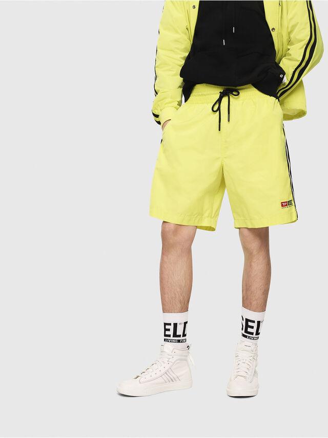 Diesel - P-BOXIE, Jaune Fluo - Shorts - Image 1