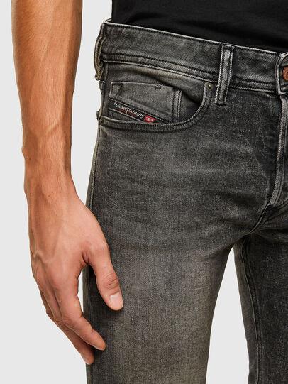 Diesel - Sleenker 009IS, Noir/Gris foncé - Jeans - Image 3