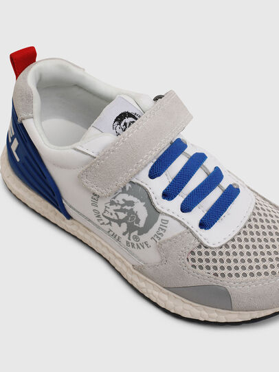 Diesel - SN RUNNER 01 LC CH, Blanc/Bleu - Footwear - Image 4