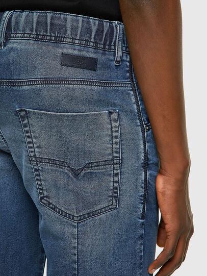 Diesel - D-KROOSHORT JOGGJEANS, Bleu moyen - Shorts - Image 3