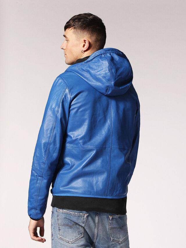 L-WIND, Bleu Brillant