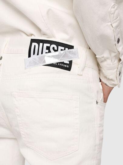 Diesel - Mharky 069EC, Blanc - Jeans - Image 3