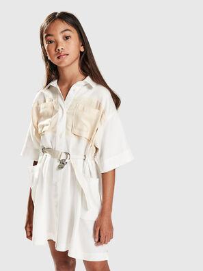 DTIEP, Blanc - Robes